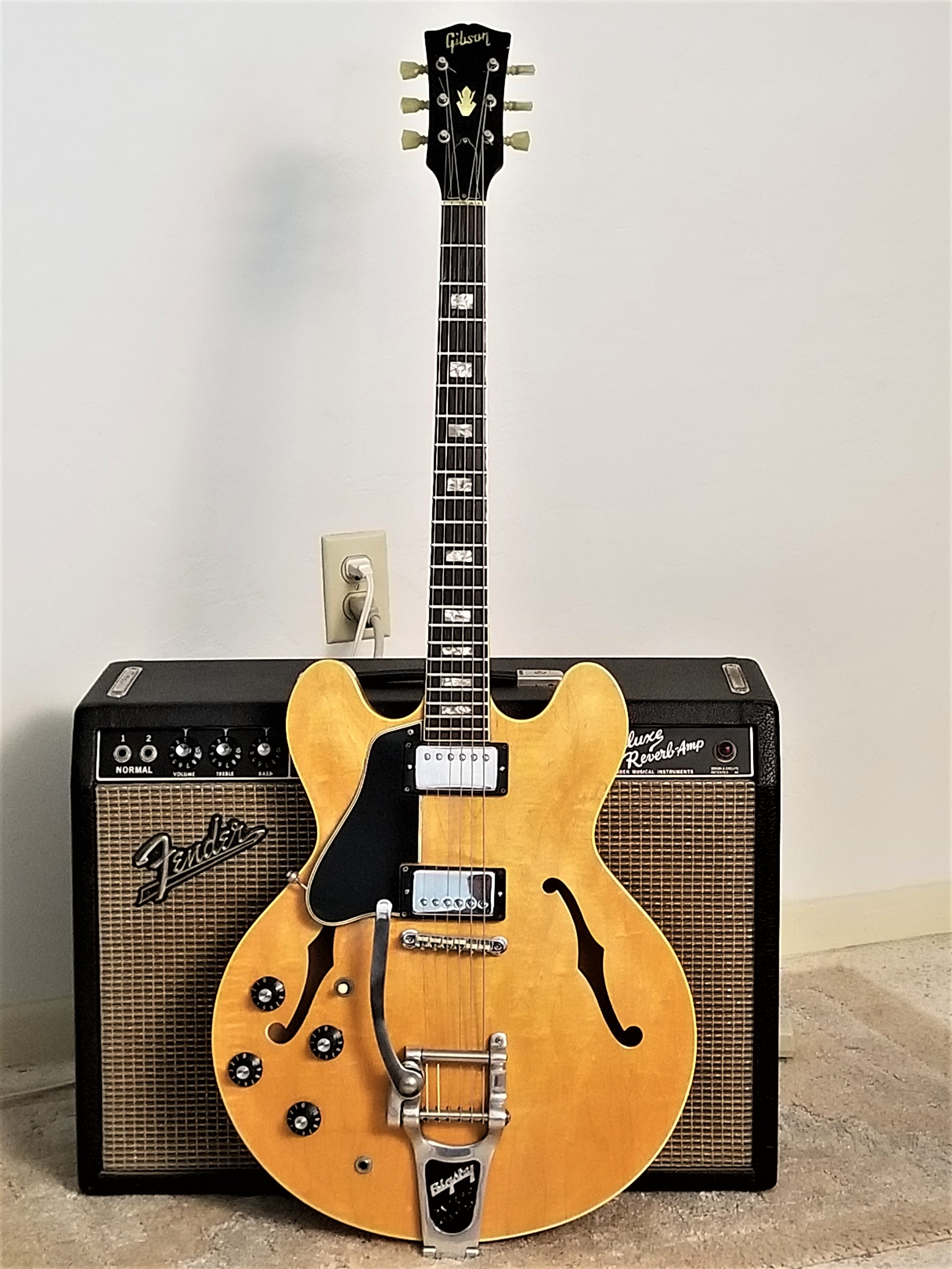 1968 gibson blonde es-335, 100% original with ohsc, 1 of only 2!